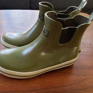 Kamik Sharon Lo women's ankle rain boot - green, 6
